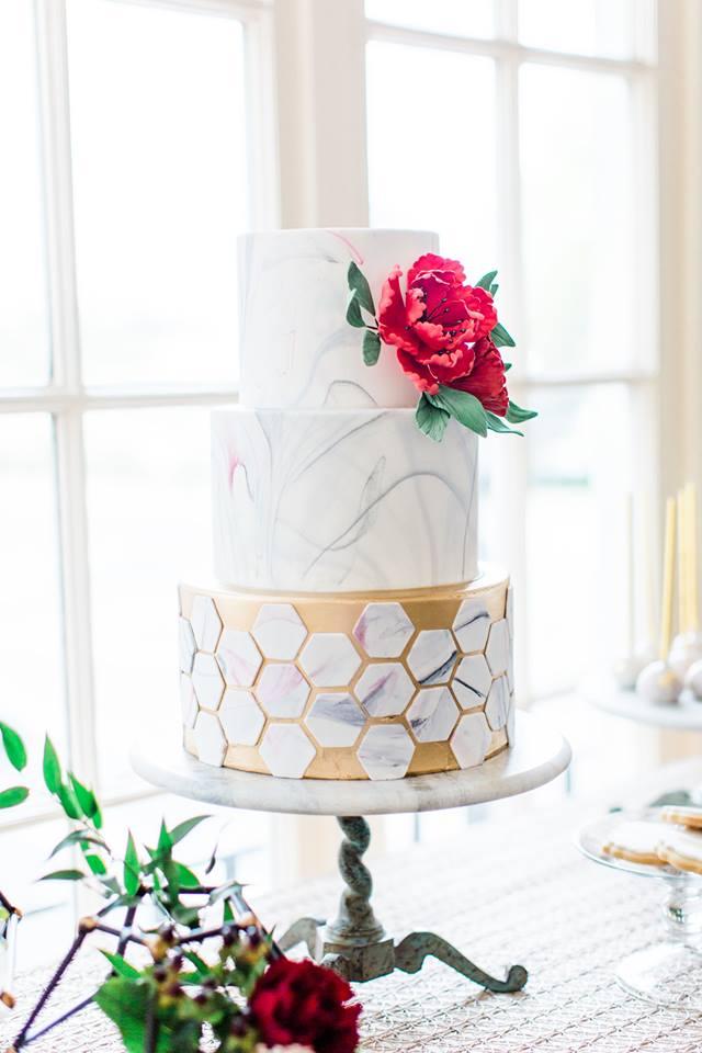 Lakeland Wedding Shoot A Chair Affair cake