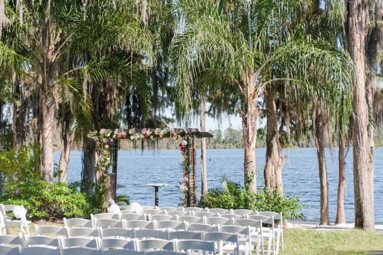 Paradise Cove Orlando Wedding A Chair Affair White Folding Chairs