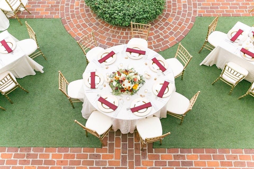 Casa Feliz Wedding A Chair Affair gold chiavari chairs gold chargers 3