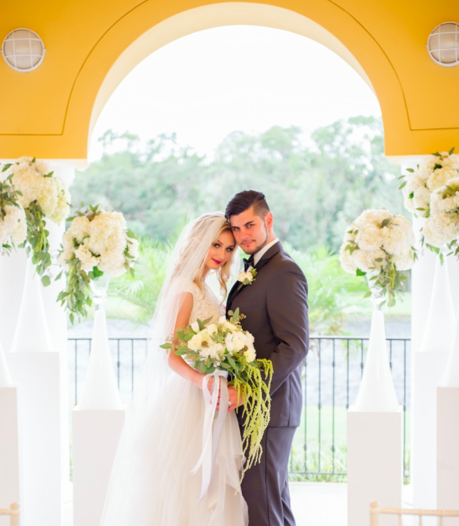 romantic southern-styled shoot A Chair Affair couple