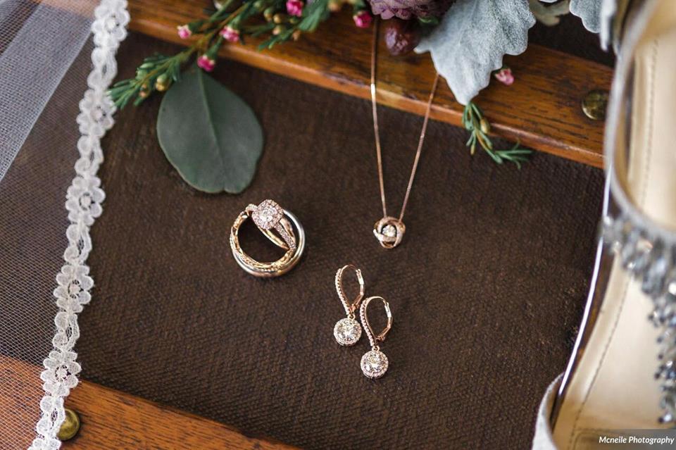 haus 820 a chair affair jewelry