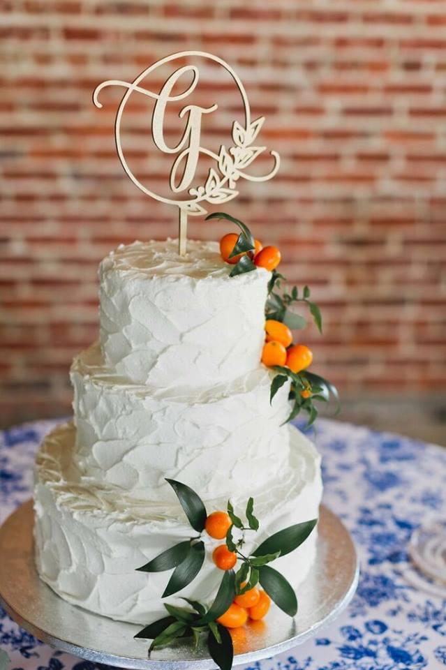 morean center a chair affair wedding cake