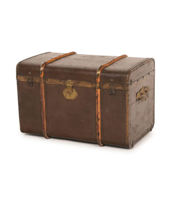 The Duke Vintage Trunk - A Chair Affair Rentals