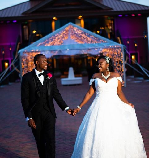 Tavares Pavilion Stylish Lakefront Wedding