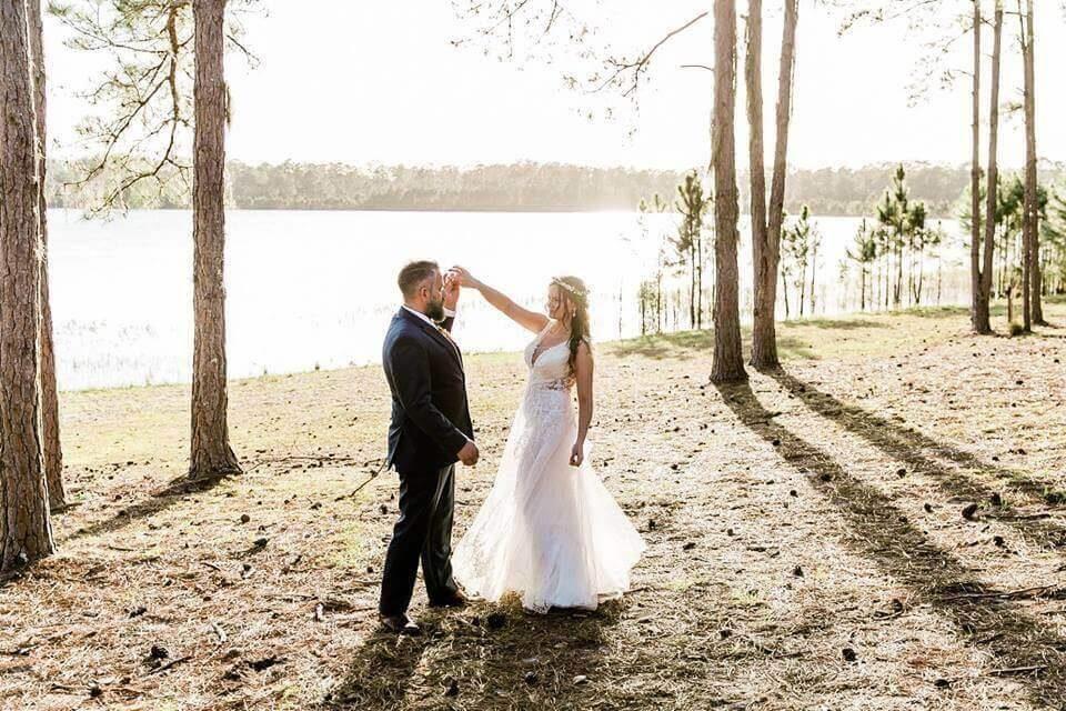 Vintage Florida Doe Lake Campground Wedding