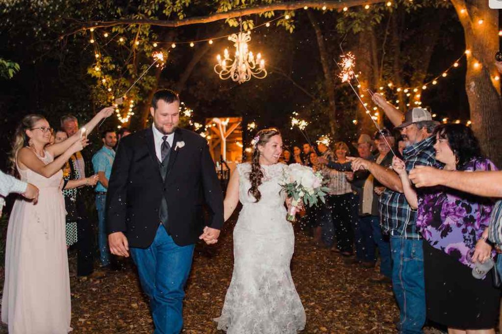 Bridle Oaks Barn classic country wedding