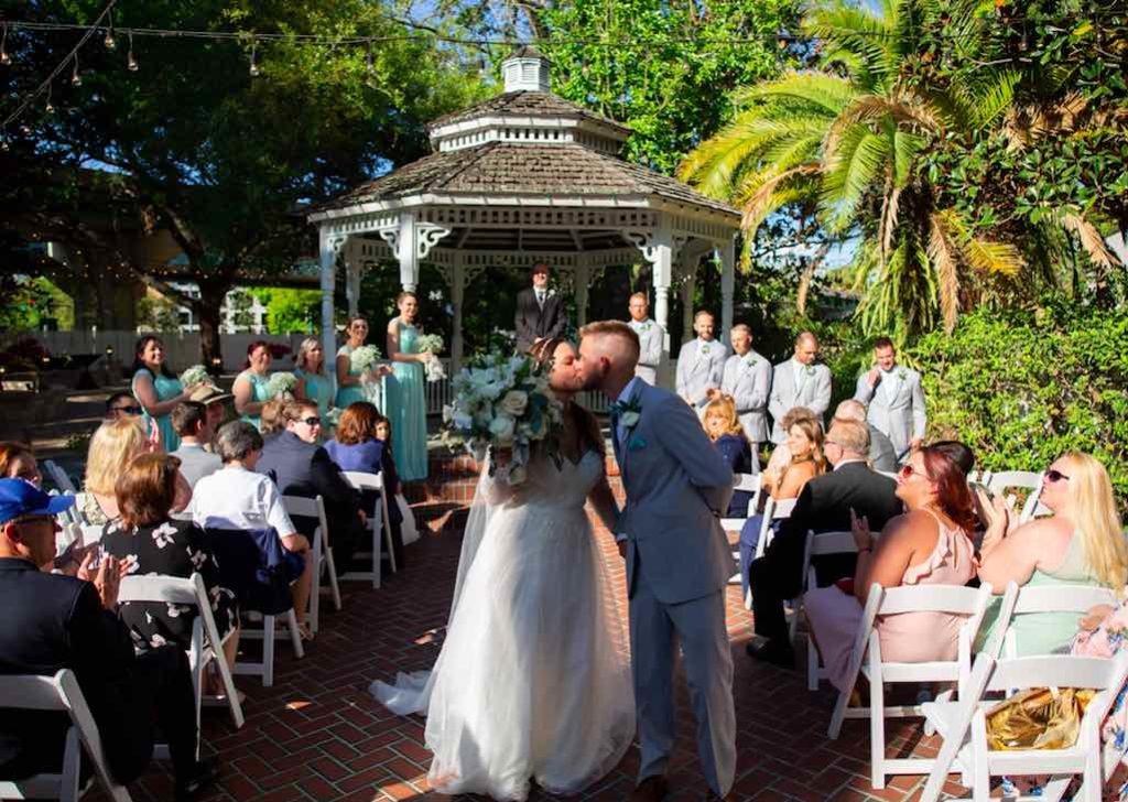 intimate historic inn Dr. Phillips wedding