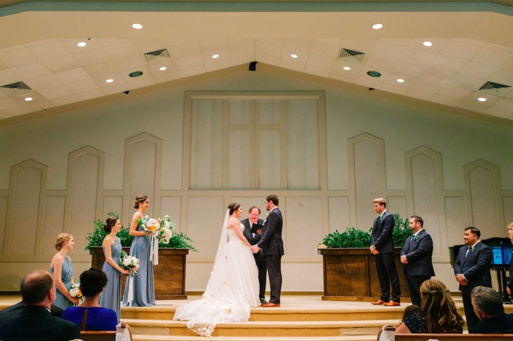 charming lakeland wedding