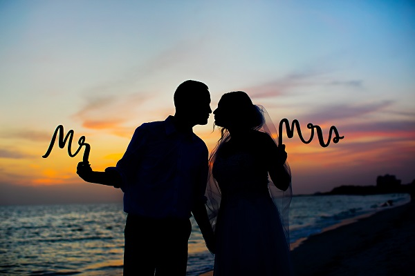 Ritz-Carlton Beach Club Wedding, A Chair Affair, Limelight Photography, Beach Wedding, Sunset