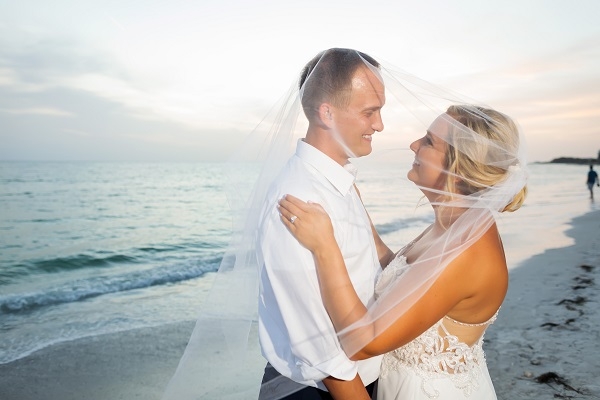Ritz-Carlton Beach Club Wedding, A Chair Affair, Limelight Photography, Beach Wedding, Veil Picture