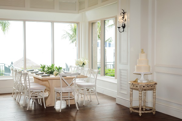 Ritz-Carlton Beach Club Wedding, A Chair Affair, Limelight Photography, French Country Chairs, Cake