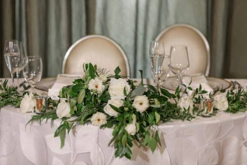 wedding at the birchwood a chair affair