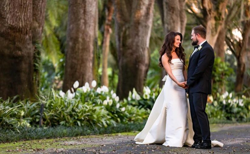 Mountain Lake Colony House Florida-Themed Wedding
