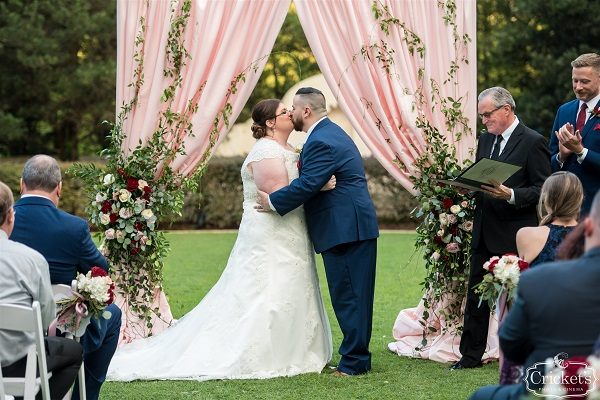 Hard Rock Hotel, A Chair Affair, Cricket Photo and Cinema, outdoor ceremony, white folding chairs, kiss