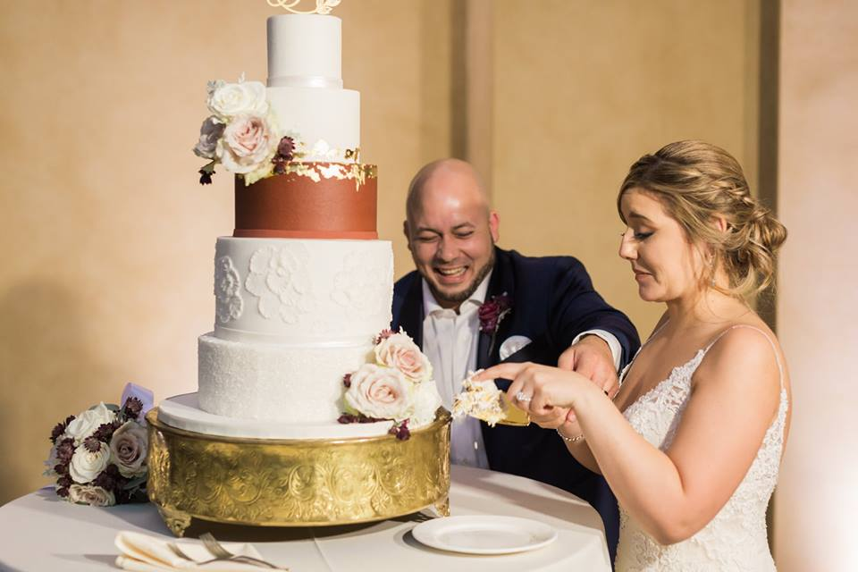 Gold Bella Collina Wedding A Chair Affair cake