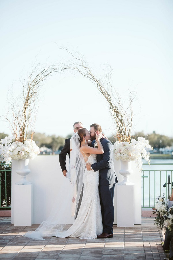 Vinoy Wedding, Parties A la Carte, A Chair Affair, Photo by Avery
