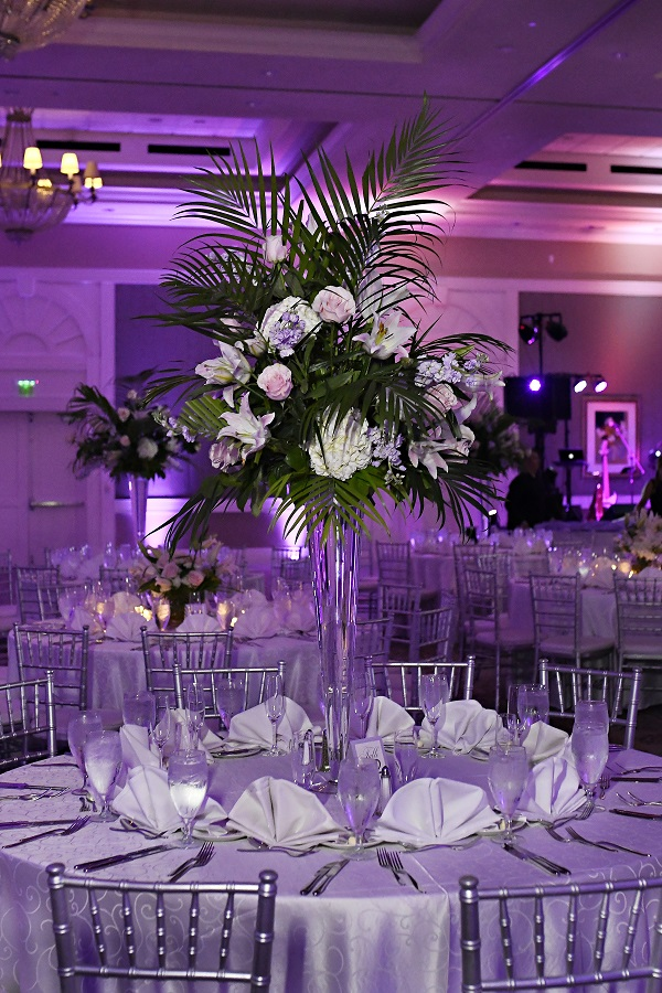 Reunion-Resort-Jewish-Wedding-A-Chair-Affair-Rhodes-Studios-Chiavari-chairs-centerpieces