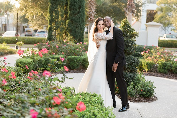 Alfond Inn Gold and White Wedding