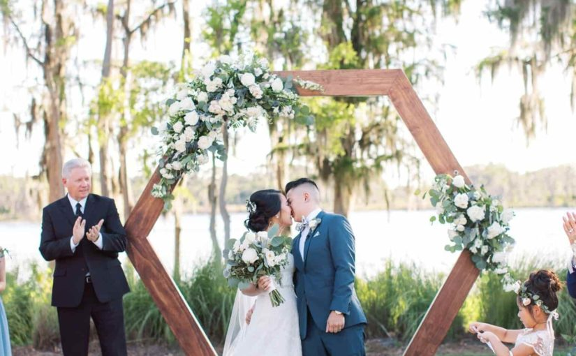 Isleworth Country Club Green and White Wedding