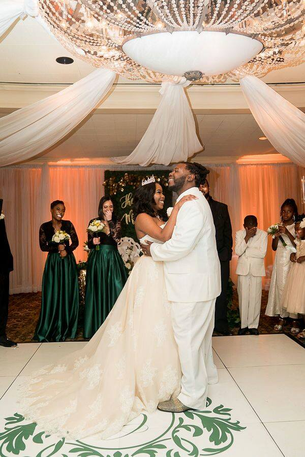 Must Have Wedding Rental Items-