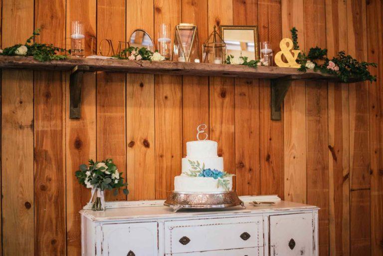 New Smyrna Beach Wedding Cake Decor
