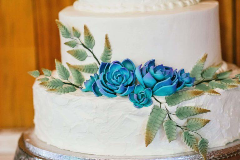 New Smyrna Beach Wedding Cake Details