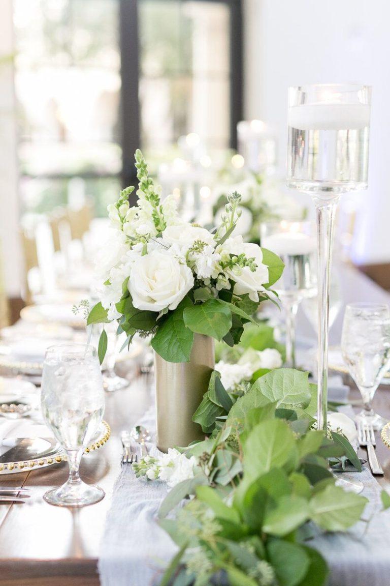 Alfond Inn reception table decor