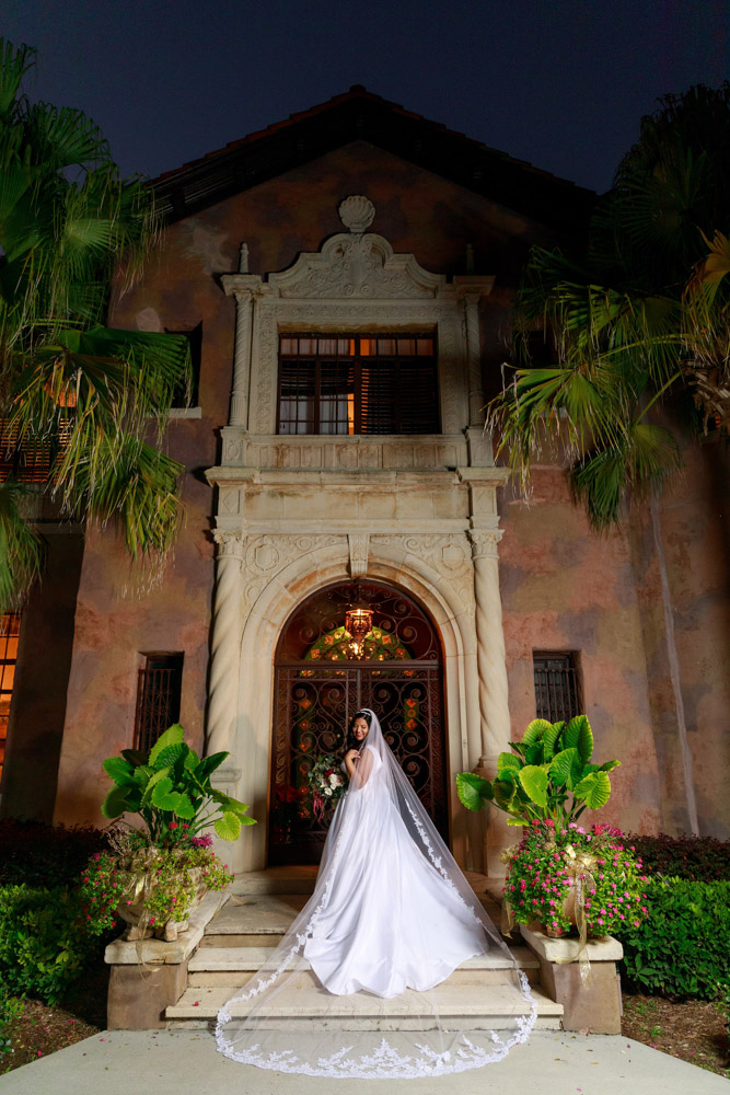 Bride at the Howey Mansion