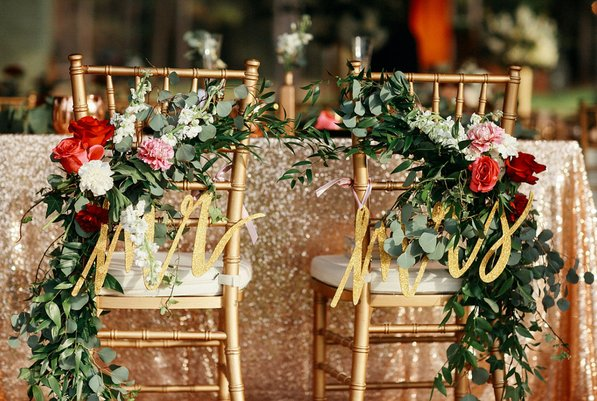 skyline-ranch-garden and gold wedding