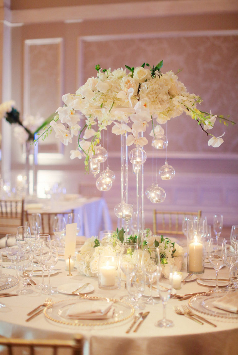 waldorf-astoria-wedding-summer floral-a chair affair