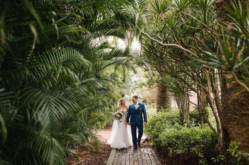 Bride and Groom in St. Petersburg